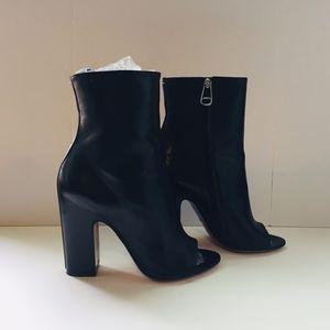Maison Margiela Italy Black Open Toe Zipper Boots